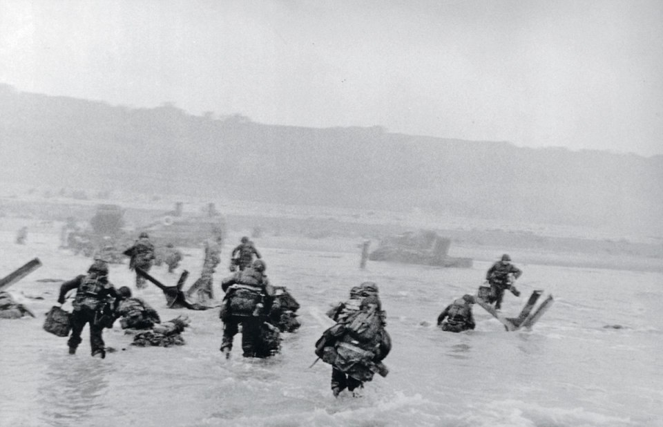 Robert Capa, D-Day landing