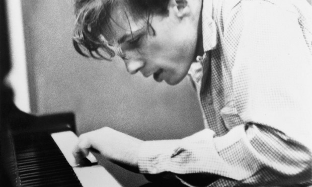 Glenn-Gould-recording-the-011.jpg